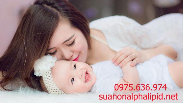 Sữa non - thực phẩm vàng cho trẻ sơ sinh